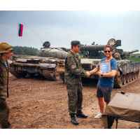 Экскурсия на полигон и катание на танке Т-80