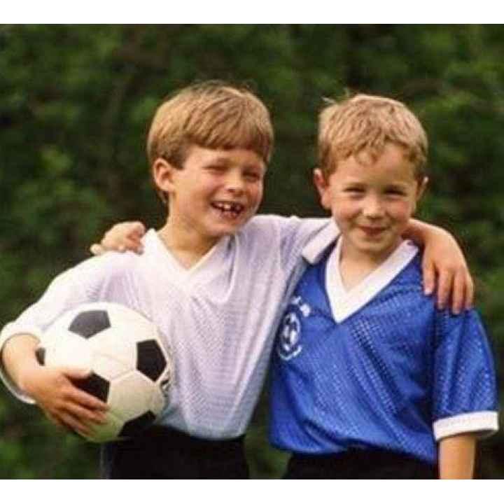 Купить подарочный сертификат в футбольную школу для детей
