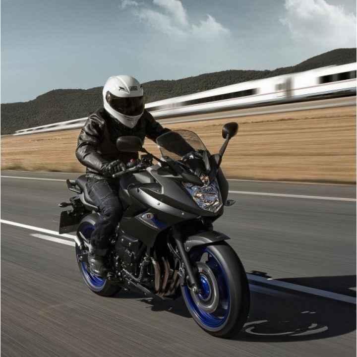 """Подарочный сертификат """"Урок езды на мотоцикле Yamaha XJ6"""""""