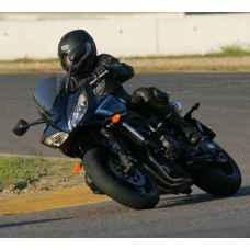 Урок езды на мотоцикле Yamaha FZS600 Fazer