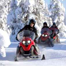 Корпоративная прогулка на cнегоходах