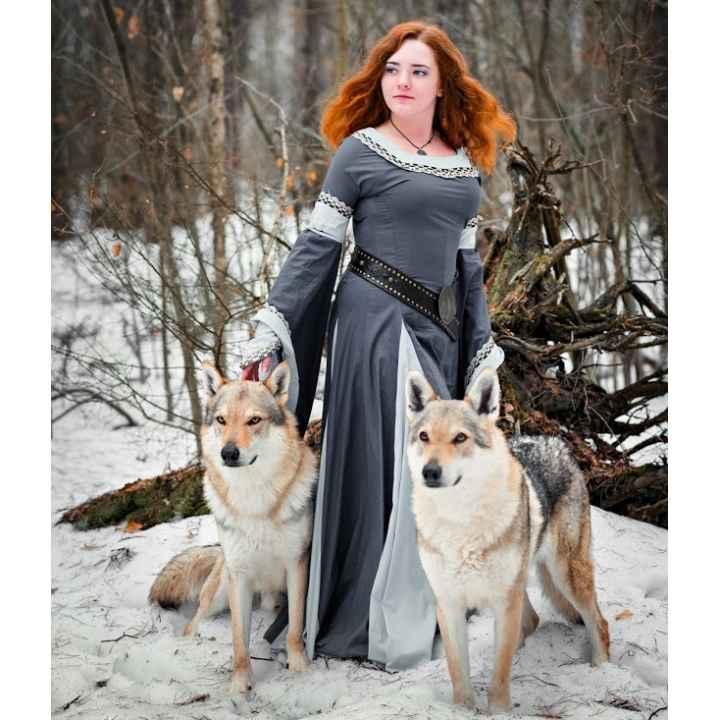 Подарочный сертификат на фотосессию с волками